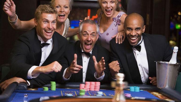 Вашите приятели играят Casino Games